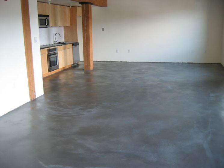Posa di pavimento autolivellante in cemento