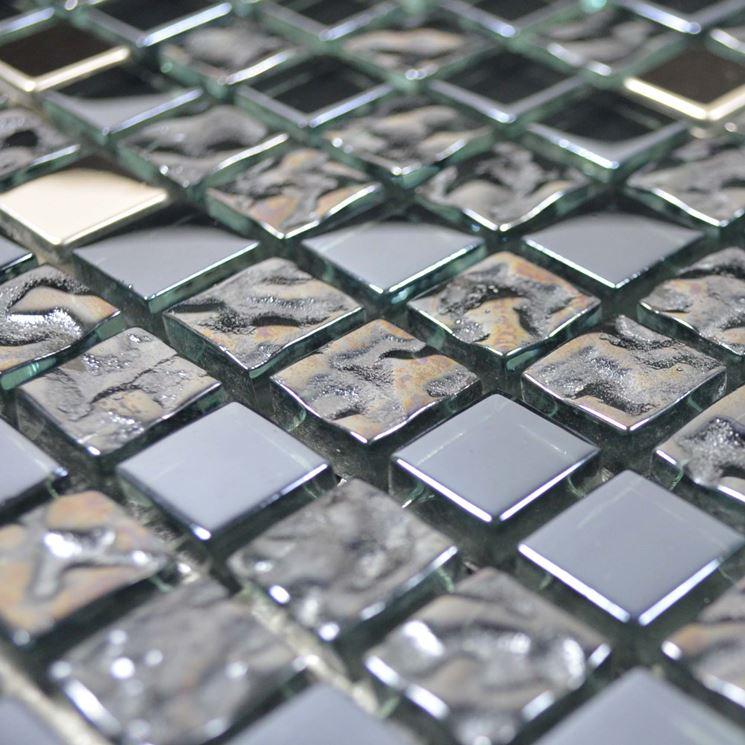 Posa mosaico pavimentazione come posare mosaico - Posa piastrelle mosaico ...