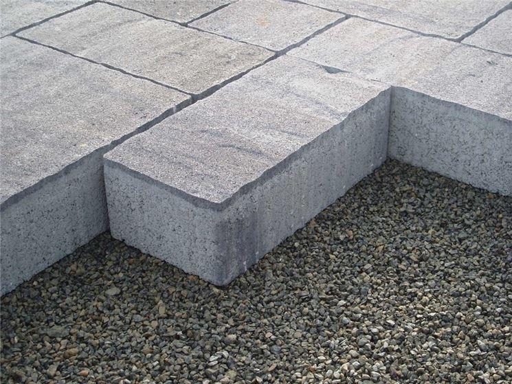Piastrelle per esterni autobloccanti plastica design for Pavimento da giardino