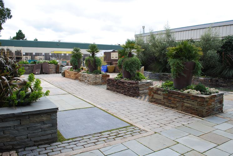 Pavimenti per giardini pavimento da esterno tipologie di pavimento per giardino - Pavimento per giardino ...