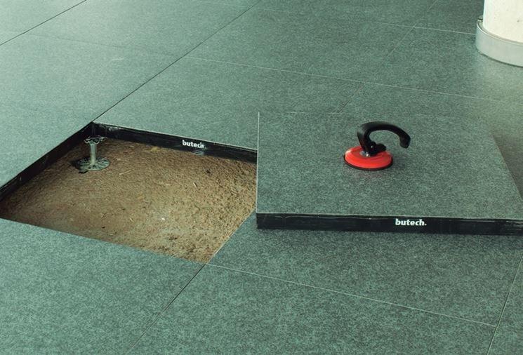 Pavimenti sopraelevati per esterni pavimento da esterno for Pavimento sopraelevato prezzo