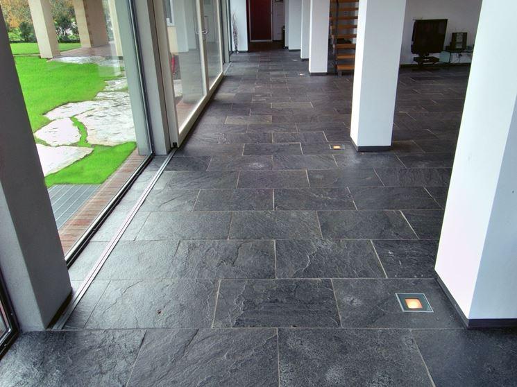 Pavimento In Pietra Naturale Per Interni : Rivestimenti per interni ed esterni in pietra leotekno