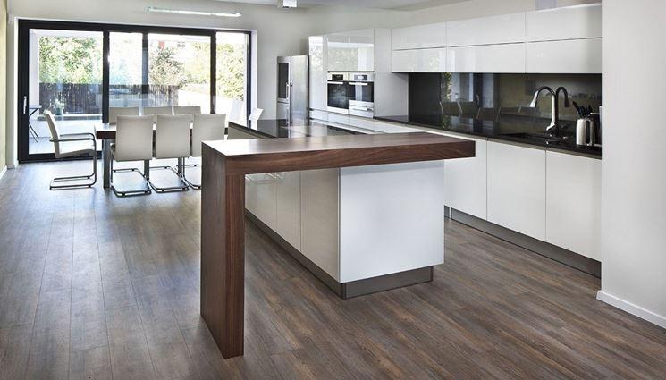 Pavimento per la cucina effetto legno