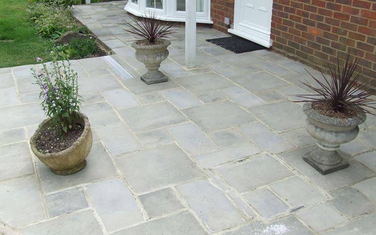 Mattonelle giardino piastrelle da giardino drenanti for Materiale per mattonelle