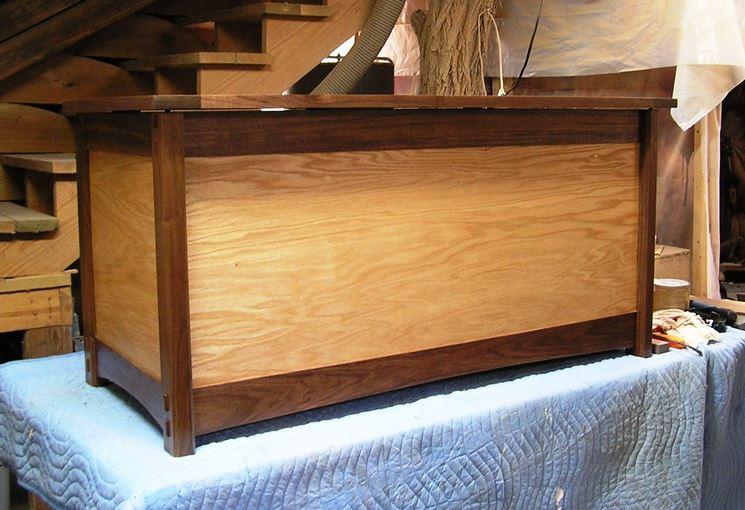 Cassapanca in legno artigianale