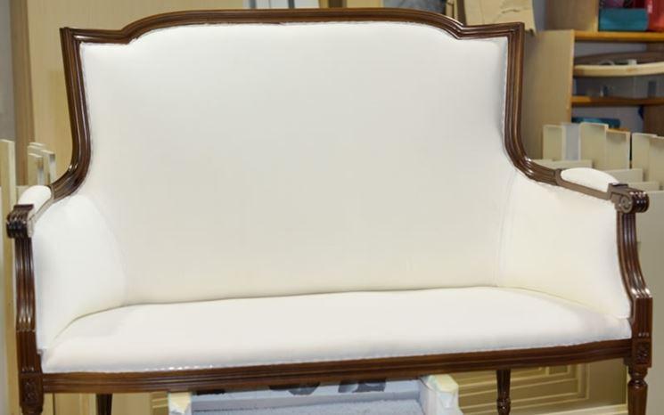 Antico divano