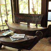 Tavolo e seduta etnici