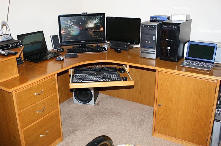 Porta computer angolare