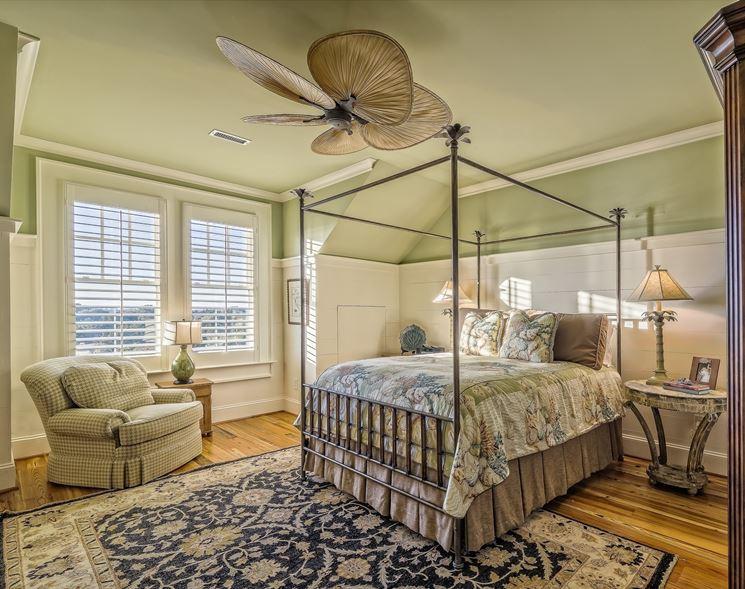 Antico e moderno in camera da letto
