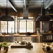 Cucina di gusto industriale