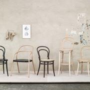 Alcuni esempi di sedie thonet