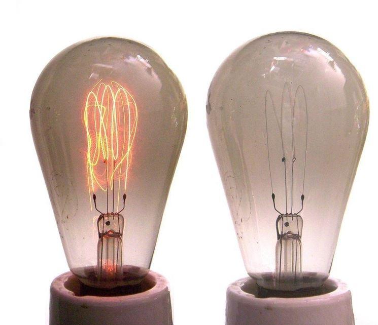 Primi modelli di lampadine a incandescenza