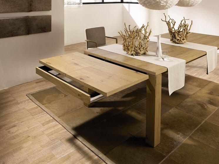 Tavolo in legno allungabile