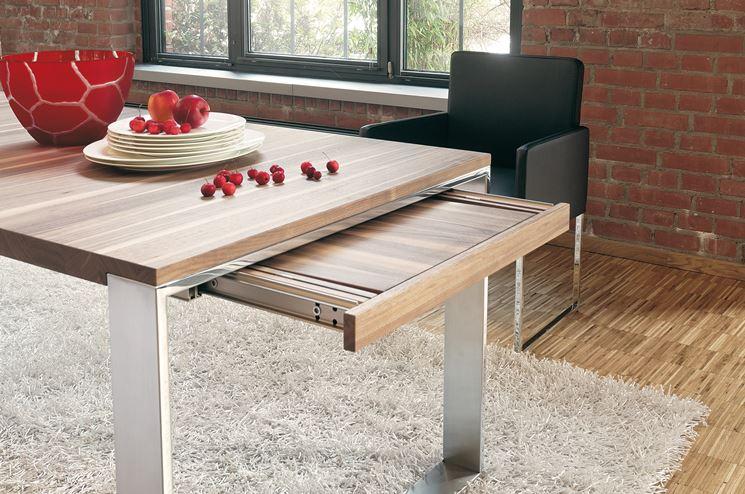 Classico tavolo allungabile in legno