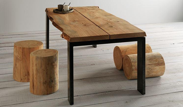 Tavoli legno grezzo tavoli caratteristiche tavoli - Tavolo cucina legno grezzo ...