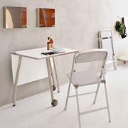 esempio di tavolo pieghevole moderno