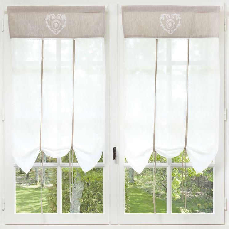 Graziose tendine per finestre