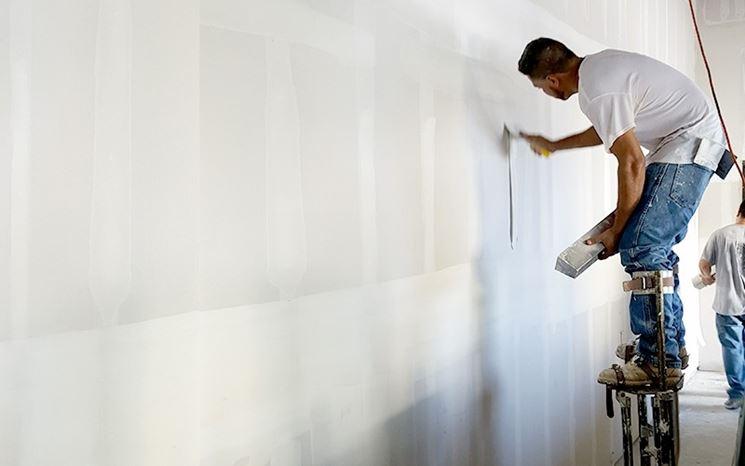Tinteggiatura parete cartongesso