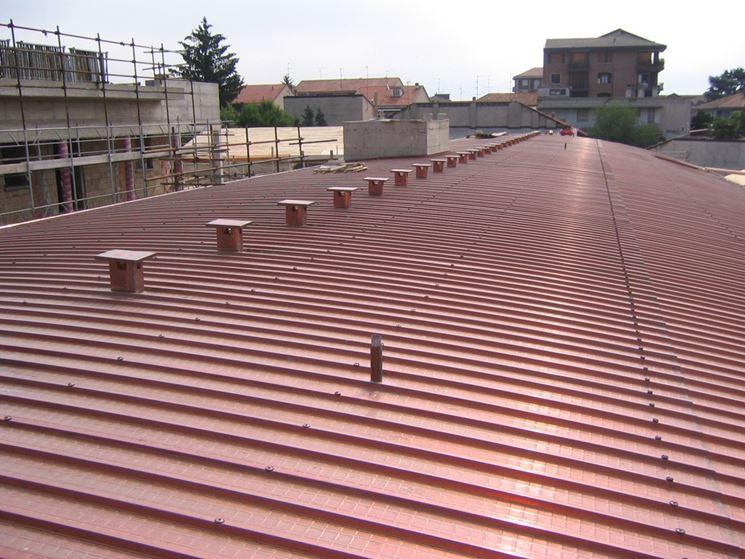 Coperture coibentate per tetti - Coperture tetti - Tipi di copertura coibentata per tetti