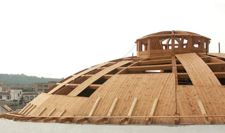 Originale copertura in legno