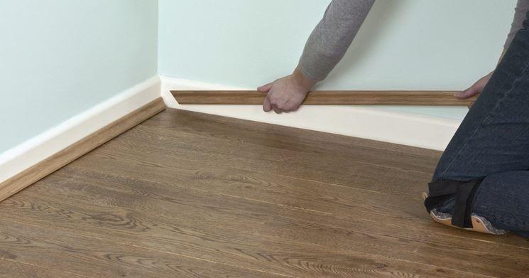 battiscopa parquet il battiscopa materiale battiscopa. Black Bedroom Furniture Sets. Home Design Ideas