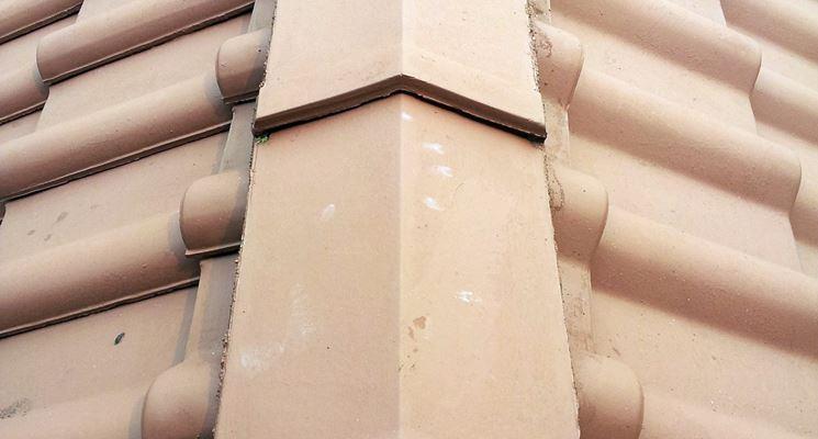 Linea di colmo tetto