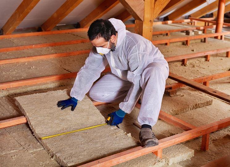 Installazione pannelli isolanti tetto