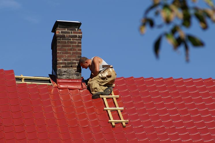 Sostituzione delle tegole del tetto