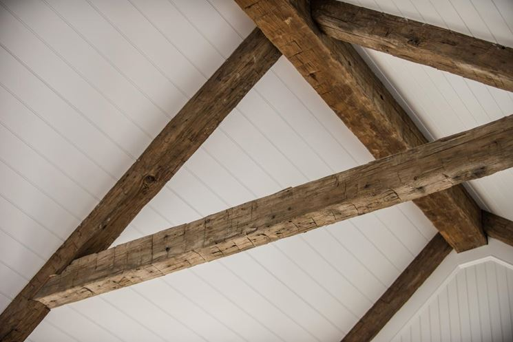 Travi di legno massiccio