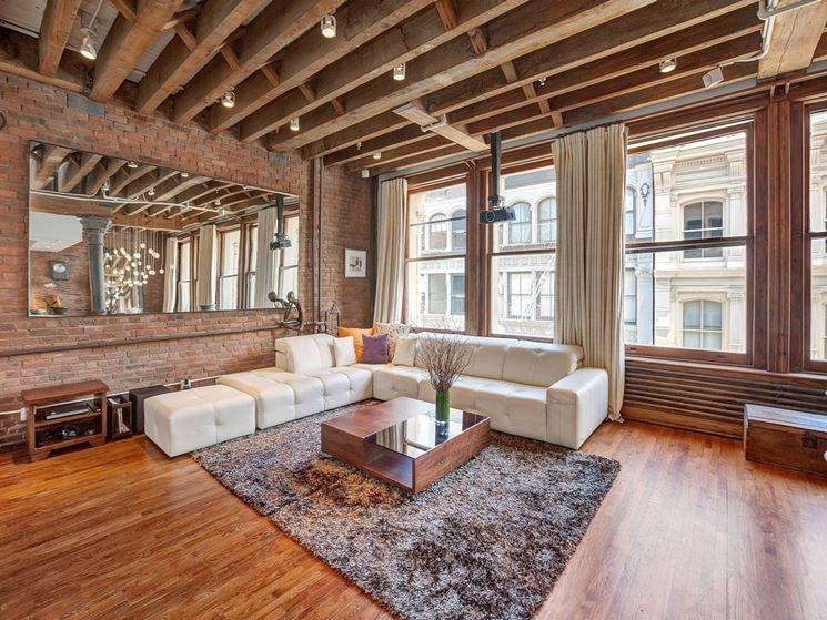 Travi in legno a soffitto