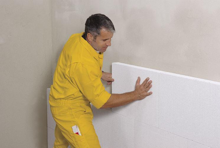 Coibentazione muri pannelli isolanti come isolare pareti - Isolamento interno ...