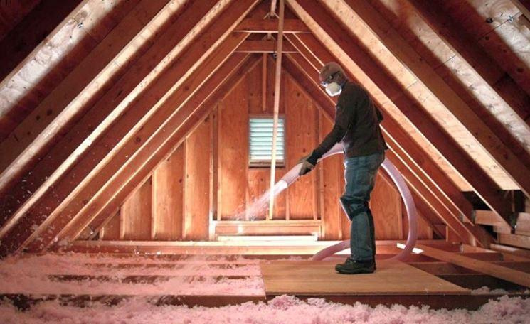 Isolante in schiuma per soffitte