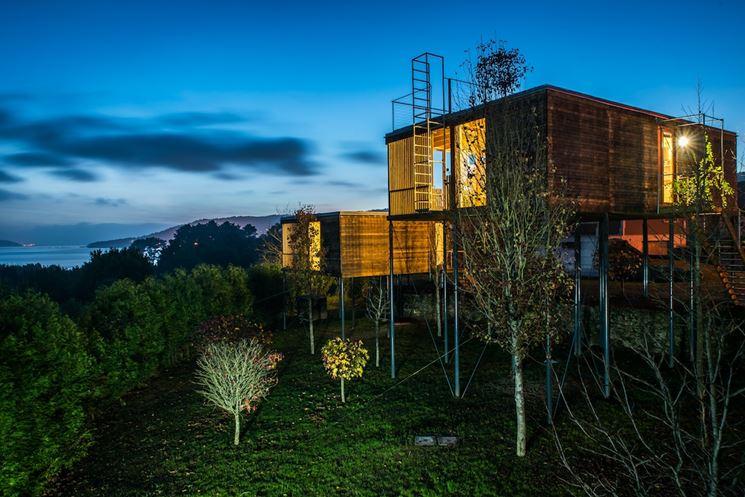 Casa rivestita in legno