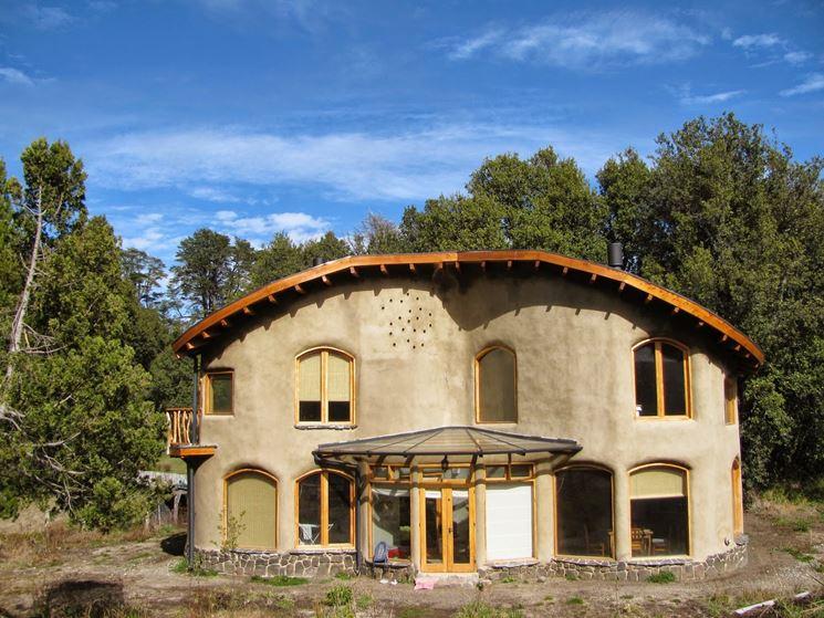Casa rivestita in argilla