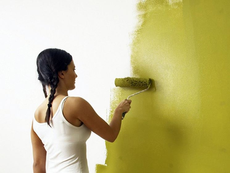 Dipingere le pareti di casa pitturare casa verniciare casa - Dipingere a casa ...