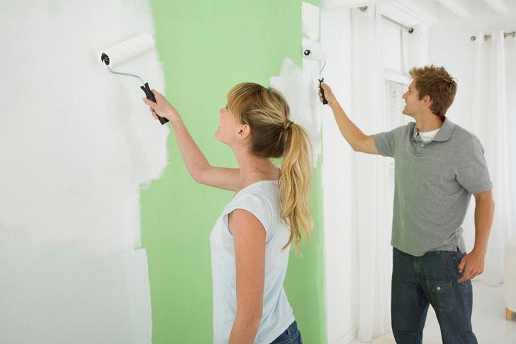Pitturare la casa pitturare casa verniciare casa - Verniciare casa ...