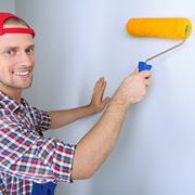 Pitturare casa con cura e attenzione