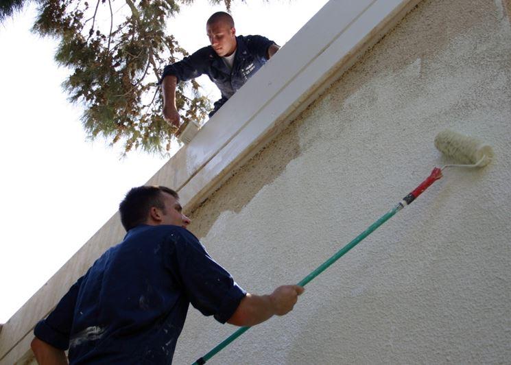 Vernici per esterno pitturare casa pittura esterni - Vernice per muro interno ...