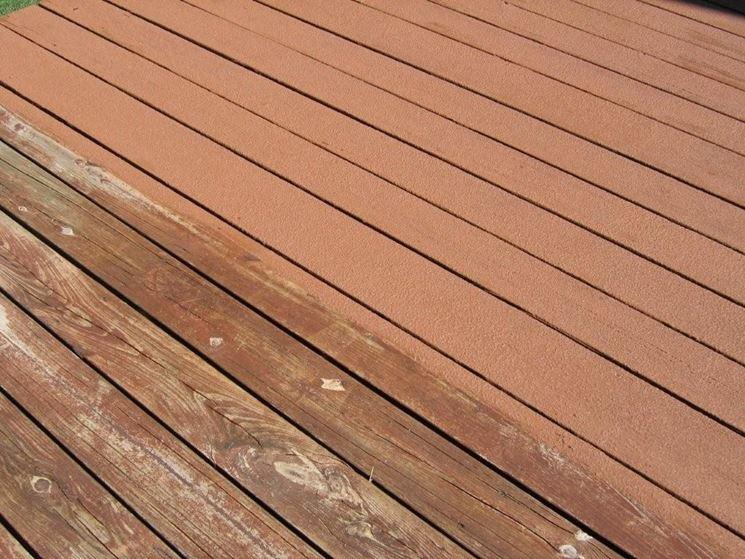 legno verniciato e non verniciato